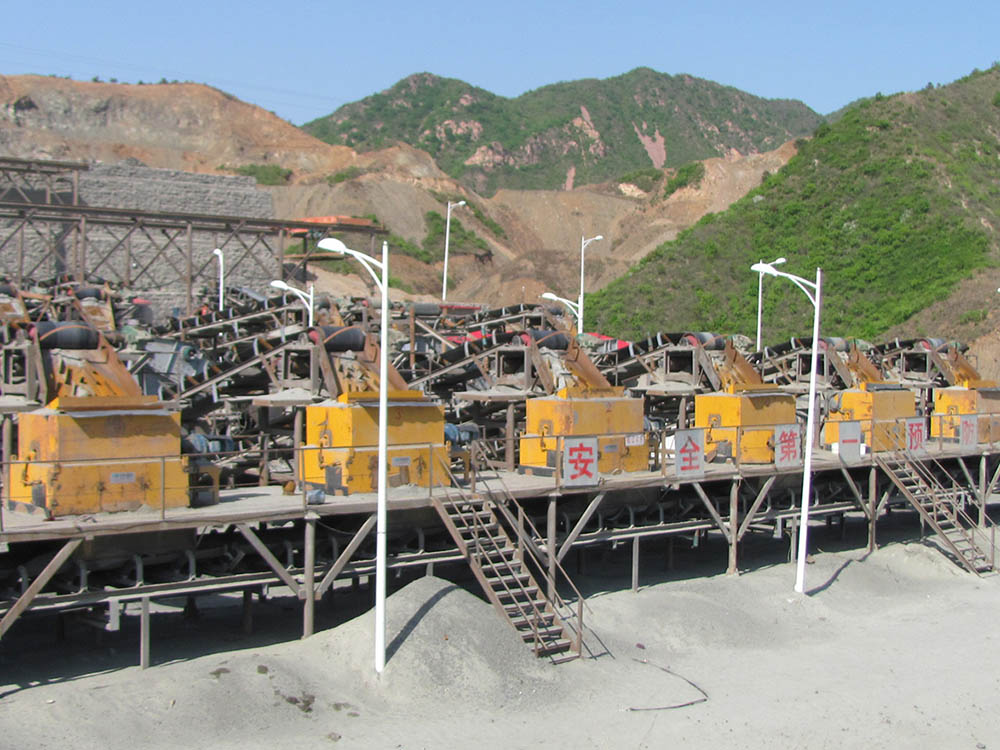 Series CTF Powder Ore Dry Magnetic Separator9