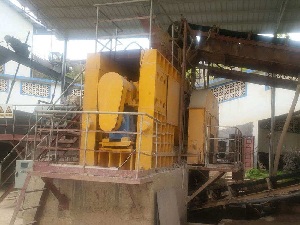 Single Driving High Pressure Roller Mill - Series PGM4