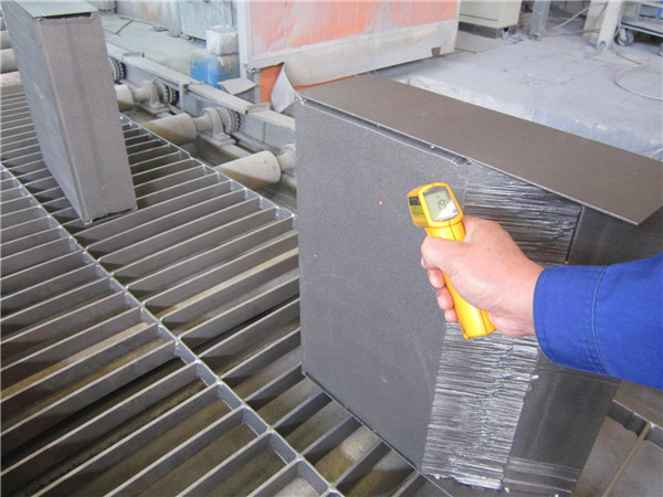 Measure workpiece temperature before painting