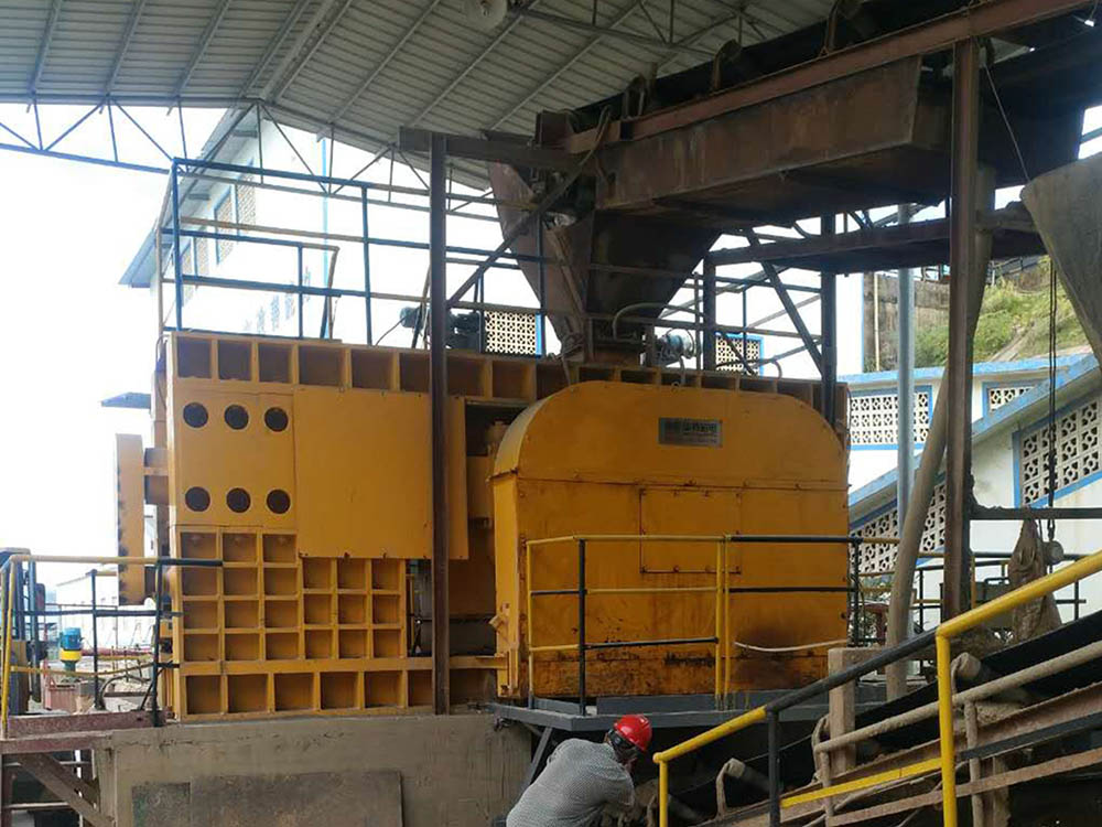 Single Driving High Pressure Roller Mill - Series PGM3